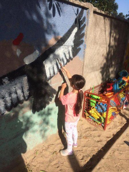 Niños de DSS usan pintura reciclada Pinturec